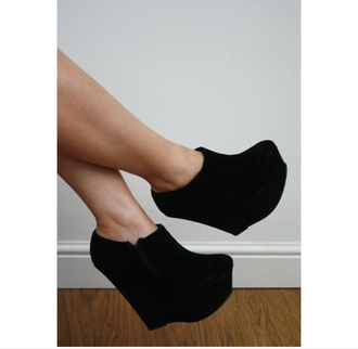shoes balck platformes