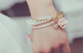 jewels,jewelry,white,pink,gold,roses,pearl,bracelets,romantic