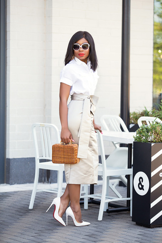 jadore-fashion blogger skirt shirt bag shoes jewels make-up sunglasses