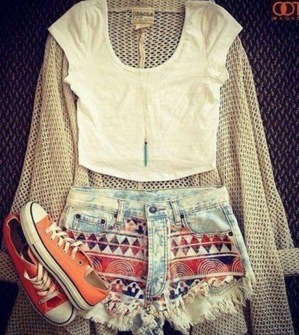 shorts sweater shirt jewels