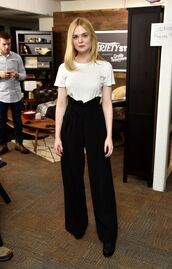 pants,high waisted,high waisted pants,wide-leg pants,elle fanning,top,black and white,black wide-leg velvet pants