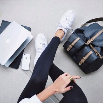 bag black dress black bag shoes white white shoes tumblr sneakers white sneakers nike nike shoes back to school backpack black backpack apple laptop black leggings leggings