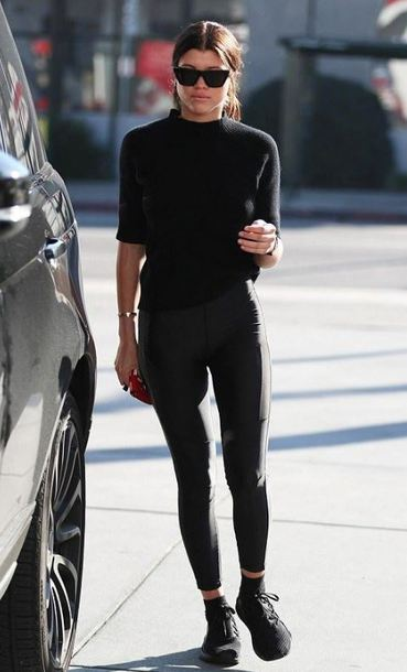 top all black everything leggings sofia richie sneakers streetstyle