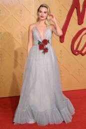 dress,gown,prom dress,wedding dress,margot robbie,celebrity,celebrity style