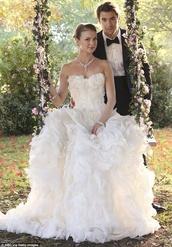 dress,wedding dress,white dress,revenge,episode 6,emilythorne,puffy,swingset