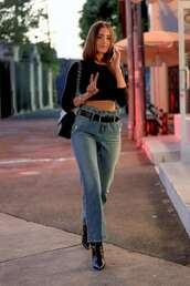 jeans,denim,high waisted,high waisted jeans,crop tops,top,black top,streetstyle,fall outfits,olivia culpo