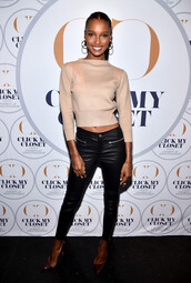 sweater,cropped,cropped sweater,jasmine tookes,pants,spring outfits,model off-duty