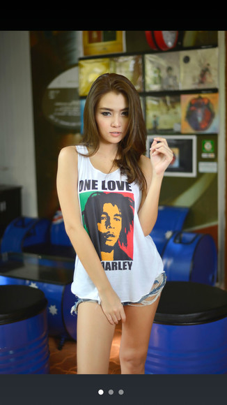 girl tumblr girl top new tip new look bob marley tank tops bob marley shirt bob marley model reggae teen fashion music shirt outfit t-shirt asian