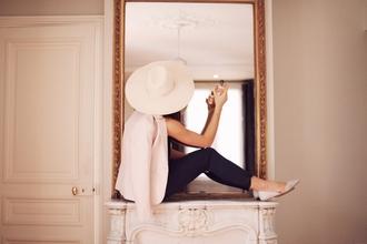 frassy blogger pants sun hat white blazer flats