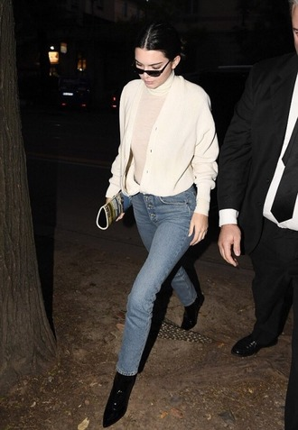 jeans top streetstyle model off-duty milan fashion week 2017 fashion week fall outfits cardigan kendall jenner kardashians