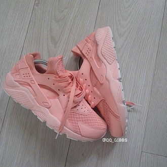 shoes pastel sneakers nike shoes huarache style fashion trendy pastel