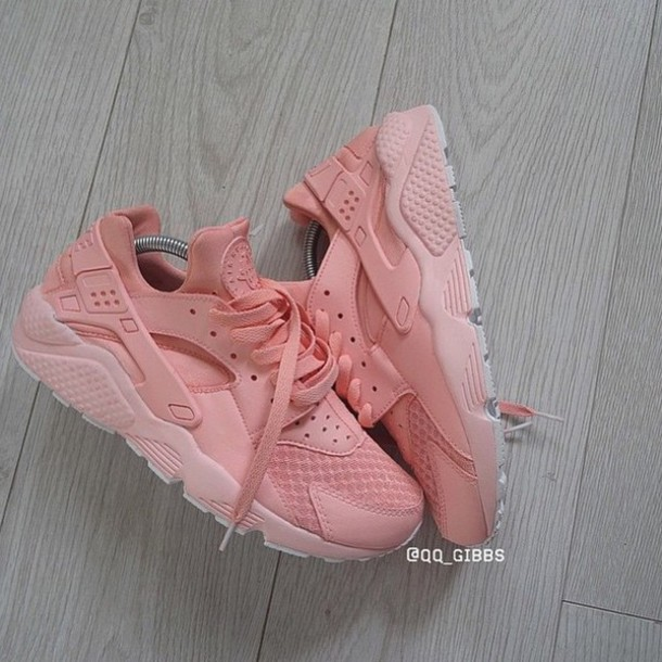 5e950b7a88ce shoes pastel sneakers nike shoes huarache style fashion trendy pastel  sneakers peach nike nike running shoes