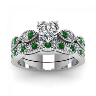jewels green emerald ring set stunning eye shape design heart shaped diamond wedding set with green emerald evolees.com