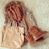 shoes,snow boots,boots,brown,bag,scarf,winter outfits,outfit,fur,jullnard,faux fur jacket