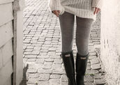 shoes,hunter,boots,wellies,leggings,black boots,tall black boots,celebrity style,celebrity style steal,cute,cute boots,pants