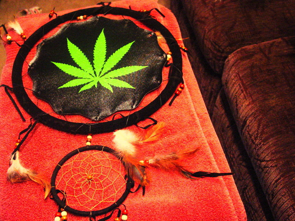 Dreamcatcher with a picture of a marijuana leaf