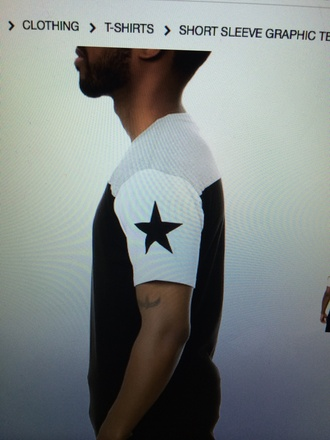 t-shirt white sleeve black star black t-shirt