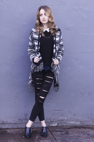 at fashion forte blogger shoes black jeans ripped jeans cardigan black ripped jeans sweater make-up shirt jeans jewels
