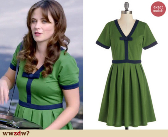 green dress blogger new girl