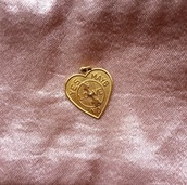 jewels,pendant,love,gold,cute,gold jewelry,valentines day gift idea,valentines day,quote on it,gift ideas,necklace,charm,heart