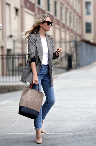 bag tumblr handbag grey bag denim jeans blue jeans pumps pointed toe pumps t-shirt white t-shirt blazer grey blazer sunglasses