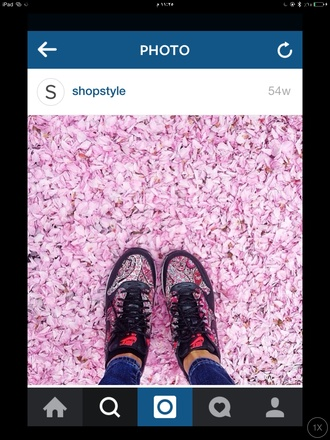 shoes givenchy nike sneakers flowers floral floral shoes pink jeans classy ethnic pattern tribal pattern pattern nike free run aztec patterns tribal design nike running shoes nike shoes sports shoes chanel sneakers