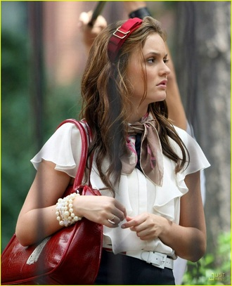 hair accessory gossip girl red black headband cute girly trendy style blair waldorf bow bows brunette hair bow hair hairstyles chic classy clothes gold preppy