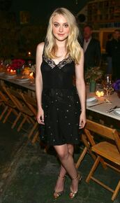 mini dress,black dress,sandals,dakota fanning,cocktail dress,embellished dress,lace,lace dress