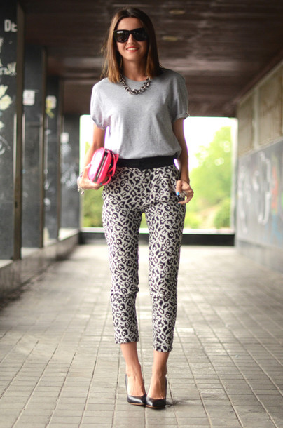 pants leopard print t-shirt
