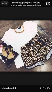 shorts,clothes,shoes,cheetah shorts,leopard print,style,athletic