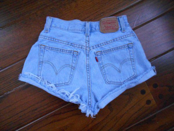 Vtg 80s 90s high waisted levis cut off faded light blue denim jean shorts w= 24
