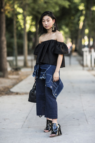 a love is blind streetstyle blogger top jewels jacket shoes