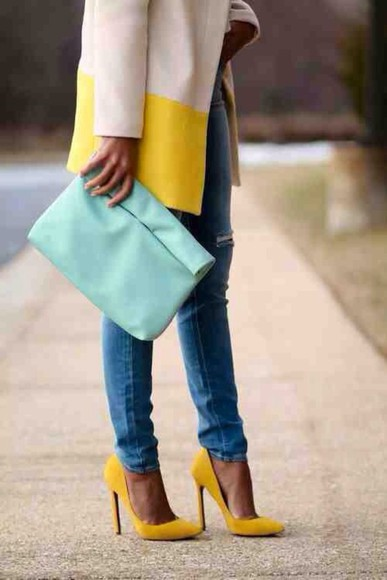 yellow trench coat shoes