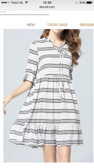 dress stripes casual trendy baggy oversized cute fashion black and white dezzal