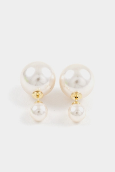 Pearl double sided stud earrings
