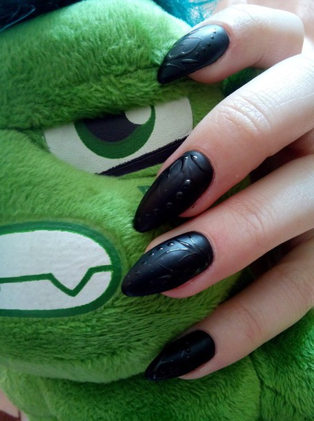 nail polish, black nails, sharp nails, green, green eyes, matte ...