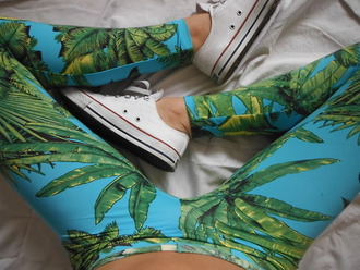 leggings tropical printed leggings tree white converse leaves leave print blue leggings green legging light blue palm tree print pants