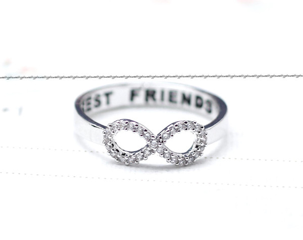 BEST FRIEND Infinity Ring Detailed With CZ In Silver on Luulla