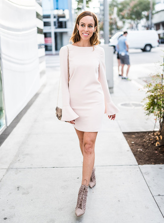 sydne summer's fashion reviews & style tips blogger dress jewels bag shoes bell sleeves mini dress ankle boots winter date night outfit bell sleeve dress monochrome outfit