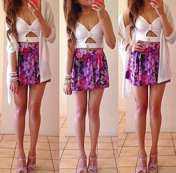 dress purple skirt blouse flowers white dress besutiful bow cop top floral skirt top white crop tops crop tops