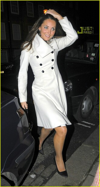 kate middleton white coat