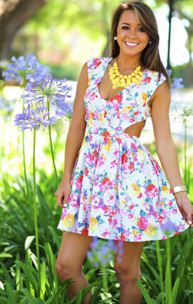 dress: cut-out dress, floral, spring, cut-out, short sleeved, cute