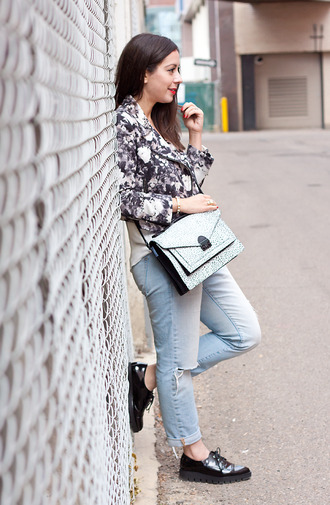 adventures in fashion blogger jacket jeans bag jewels animal print satchel bag bomber jacket bracelets