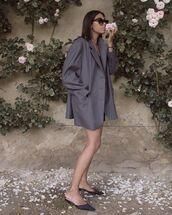 shoes,blazer,blazer dress,grey,grey blazer,oversized,sunglasses,mules,grey mules