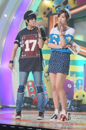 t-shirt clothes amberliu fx f(x) llama celebrities korean korea kpop shoes