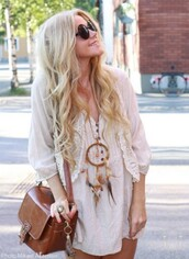 jacket,dreamcatcher,lace,jewels,bag,leather,boho,dress,necklace,sunglasses,shirt,dreamcatcher necklace,white,blonde hair,hippie,hipster,clothes,hobo dress,vintage bag,summer dress,sweater,t-shirt,blouse,boho dress,beige dress,white blouse,bohemian,bohemian dress,blond,tumblr girl,vintage,feathers,boho shirt,tunic dress,cute dress,leather bag,cardigan,brown