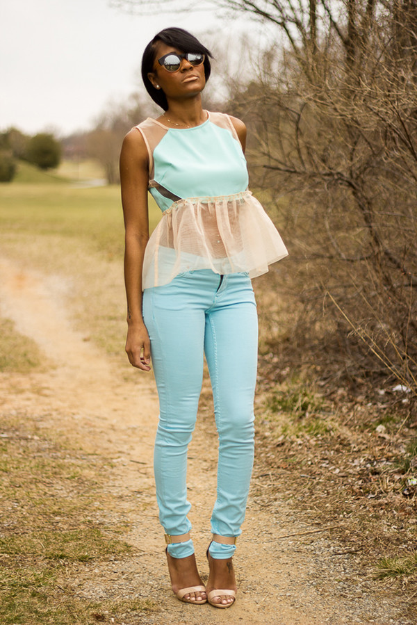 the daileigh t-shirt pants sunglasses shoes