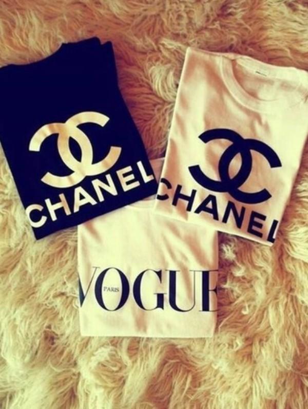 t-shirt chanel chanel t-shirt black white vogue