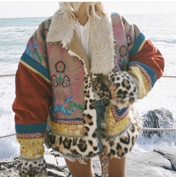 jacket colorful color/pattern print leopard print coat fall coat fur fur coat fur jacket cozy