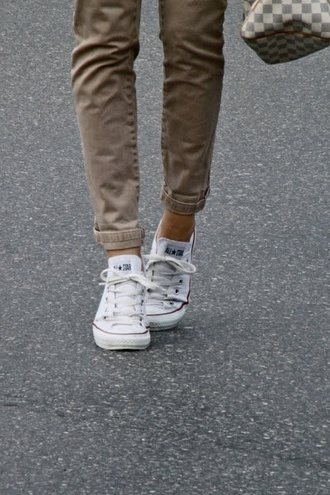 pants skinny pants jeans khaki taupe tan shoes